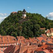 1200px-16-07-06-Rathaus_Graz_Turmblick-RR2_0275
